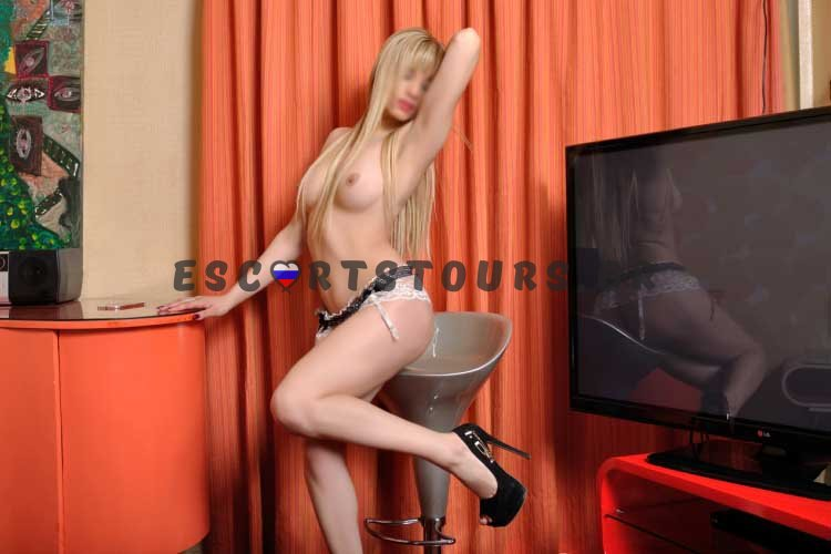 ESCORT-GIRL-ANGIE